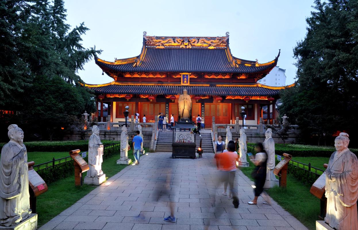 摄图网_500552165_南京孔夫子庙夜景(企业商用).jpg